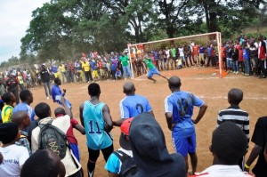 Fra en fotballkamp under EAC i Moshi, Tanzania 2015